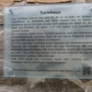 Infotafel zum Turmhaus in Friesdorf