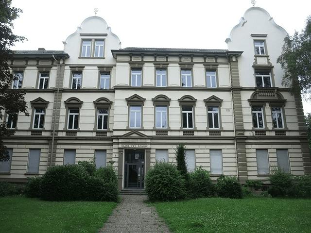 Blick auf das Clara-Fey-Gymnasium