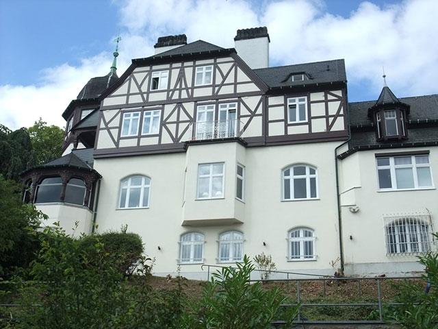 Blick auf die Villa Deichmann