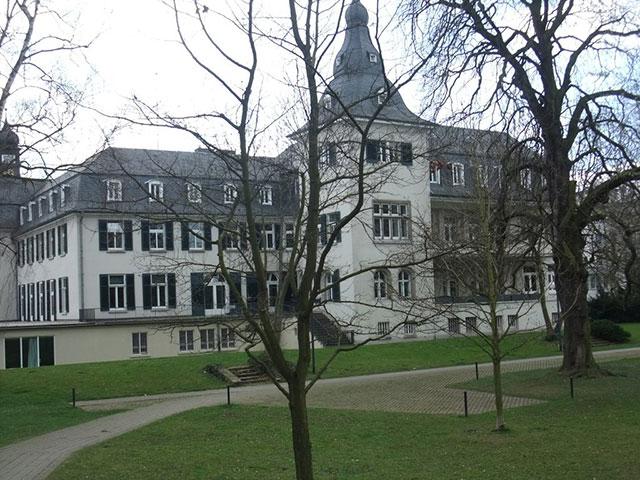 Schloss Deichmanns Aue