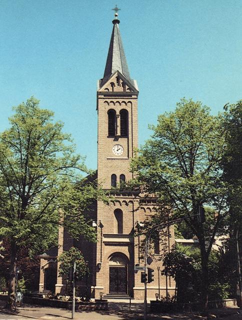 Blick auf den Turm der Erlöserkirche